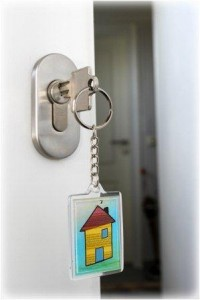 Schlüssel in Türschloss