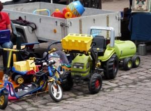 Bild: Kinderspielzeug Flohmarkt