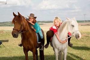 Bibi und Tina auf Pferden
