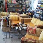Bild: Möbel und Kleinwaren