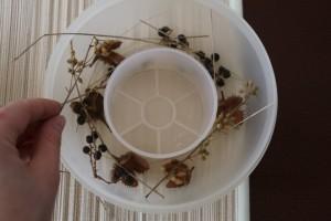 Behälter mit Naturmaterialien