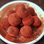Kakaobutter-Trüffel mit Orange und Ingwer