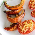 Gebratener Kürbis mit Ingwer-Tomaten und Limettenjoghurt