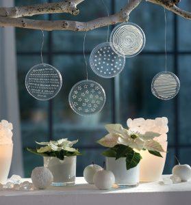 """Foto: Aus """"Selbst gemachte Weihnachtsdeko"""", BLOOM's GmbH"""