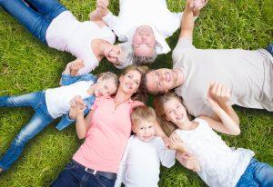 In der Familienkonferenz kann jeder seine Meinung sagen. So werden gemeinsam Entscheidungen gefällt. Foto: Fotolia/drubig photo