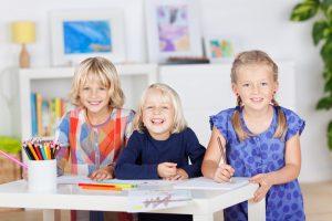 Macht es Sinn, sein Kind ständig mit anderen zu vergleichen? Foto: Fotolia/contrastwerkstatt