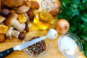Jeder Pilz hat seine Eigenheiten - und eignet sich daher auch für unterschiedliche Zubereitungsweisen. (Foto: I-vista / pixelio.de )